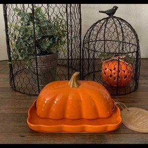 New Ceramic Farmhouse Pumpkin Butterdish